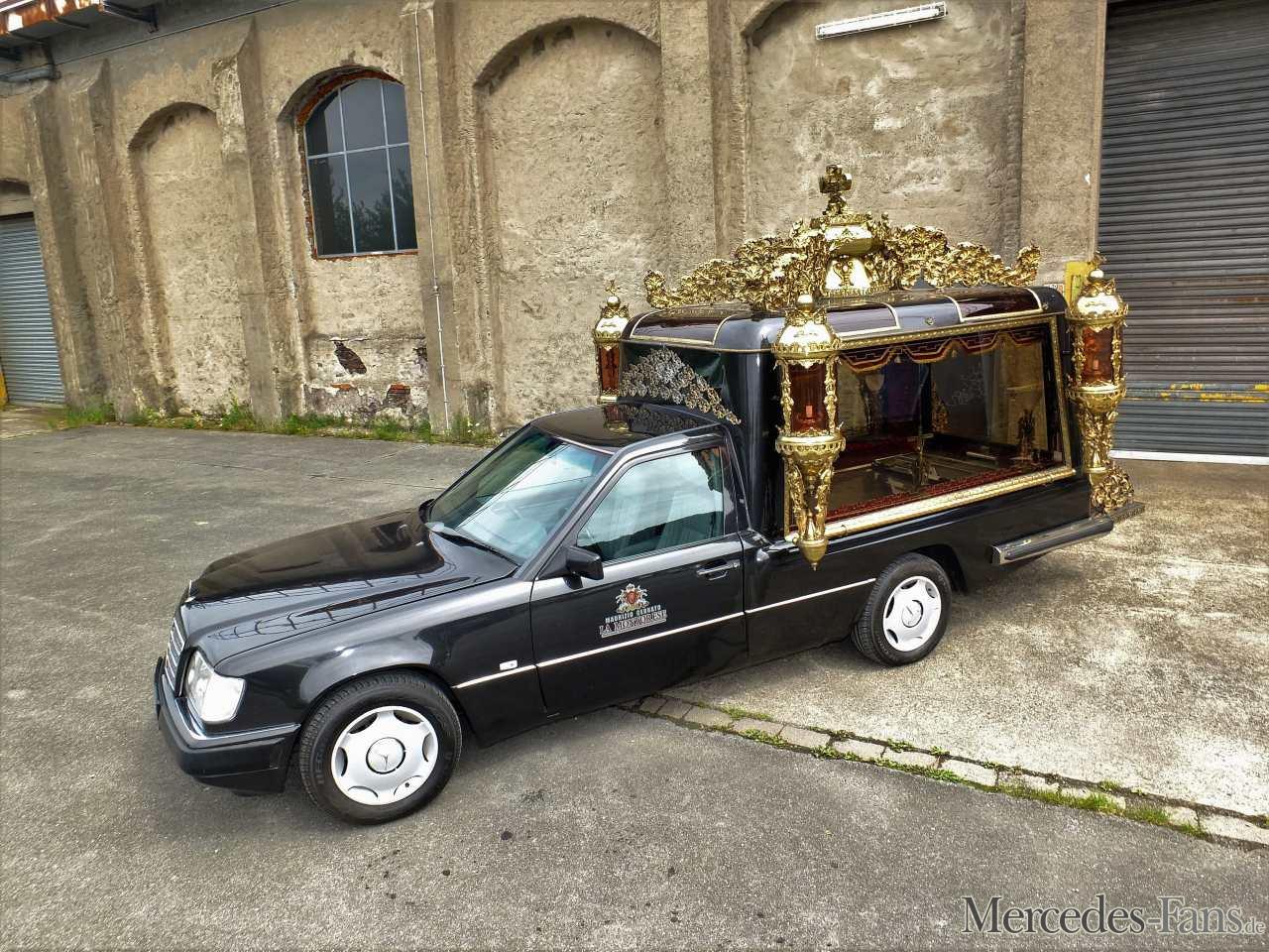 Mercedes Benz  D  Leichenwagen