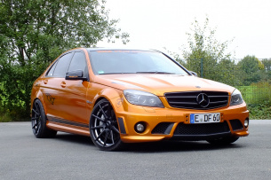das volle pfund mercedes c63 amg 2009er w204 trumpft gewaltig auf auto der woche mercedes. Black Bedroom Furniture Sets. Home Design Ideas