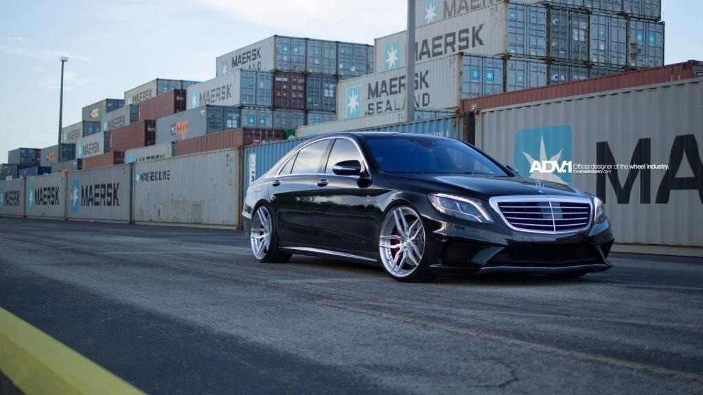 Mercedes Sprinter Limousine Custom Wheels