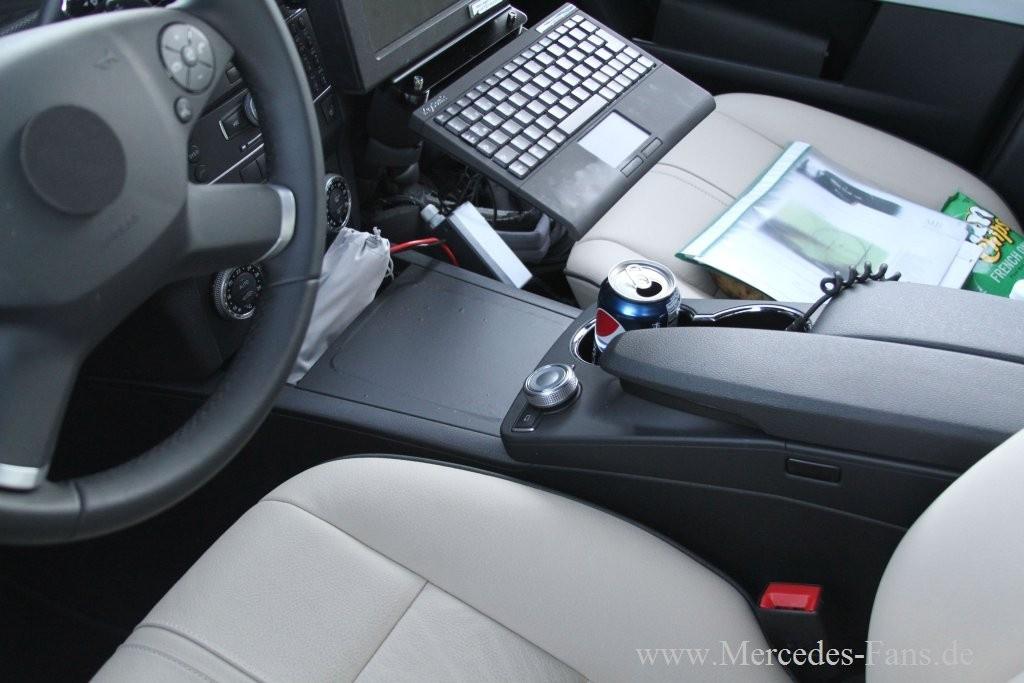 Erlkönig erwischt: Bilder vom Interieur des kommenden Mercedes GLK ...