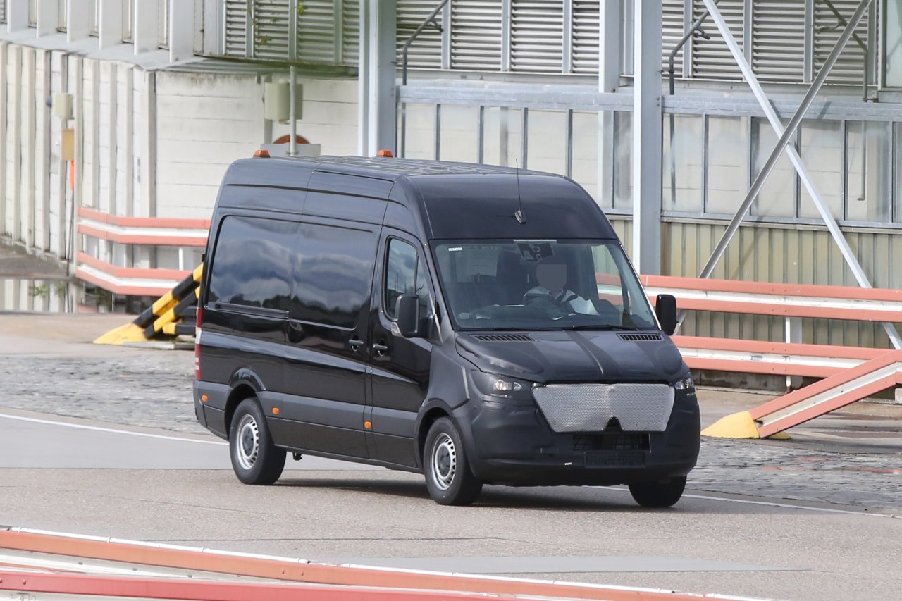 Erlk 246 Nig Erwischt Mercedes Benz Sprinter 2018 Spy Shot