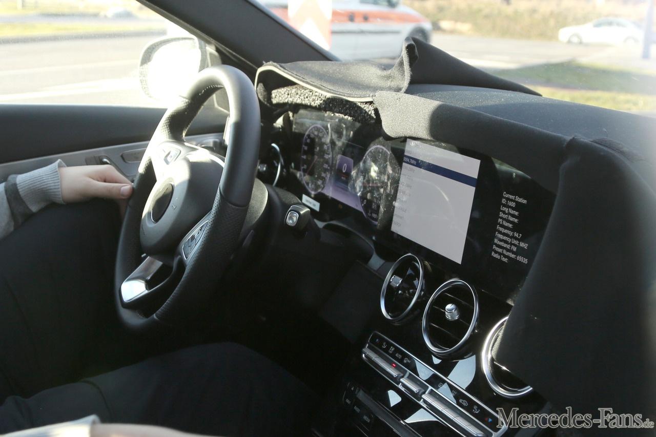 Geheimnis gelüftet: Neuer Digitaltacho für Mercedes C-Klasse ... | {Armaturenbrett mercedes 19}