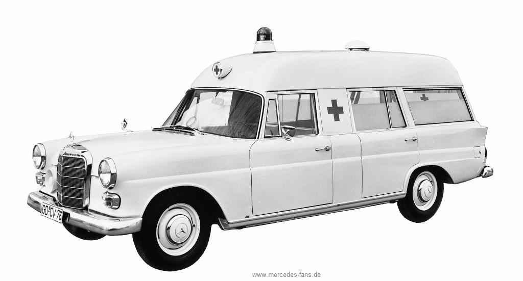 Mit stern ins spital krankenwagen auf basis von mercedes for Mercedes benz of tysons corner staff