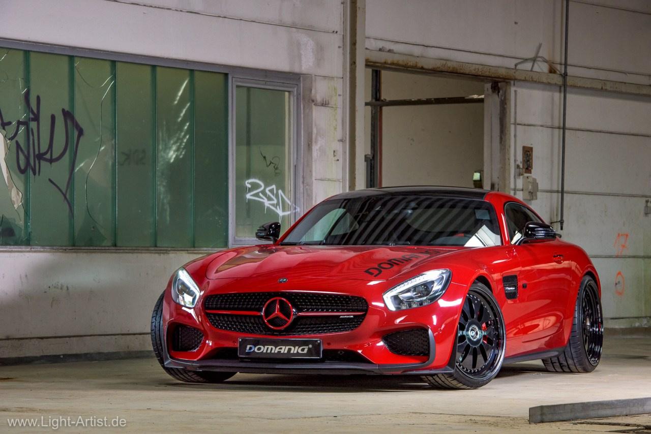 Mercedes G Wagen Red