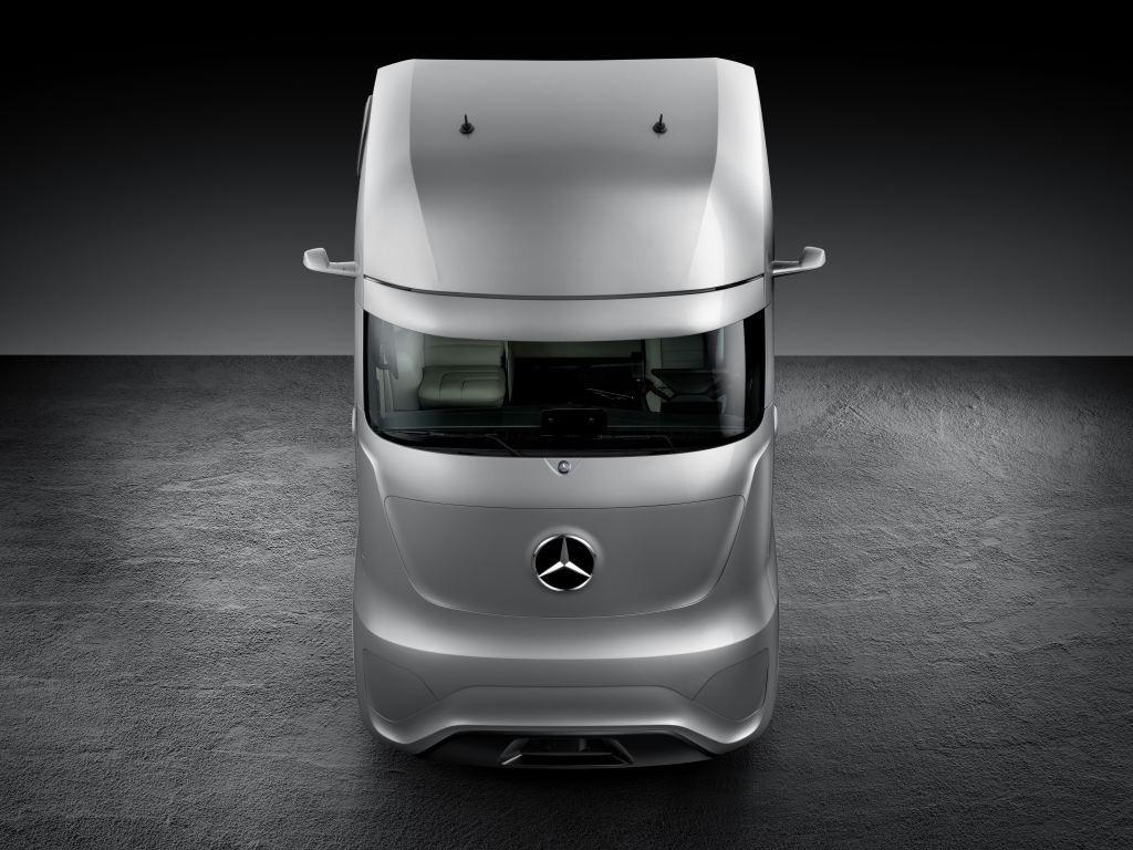 mercedes-benz future truck 2025: weltpremiere der spektakulären