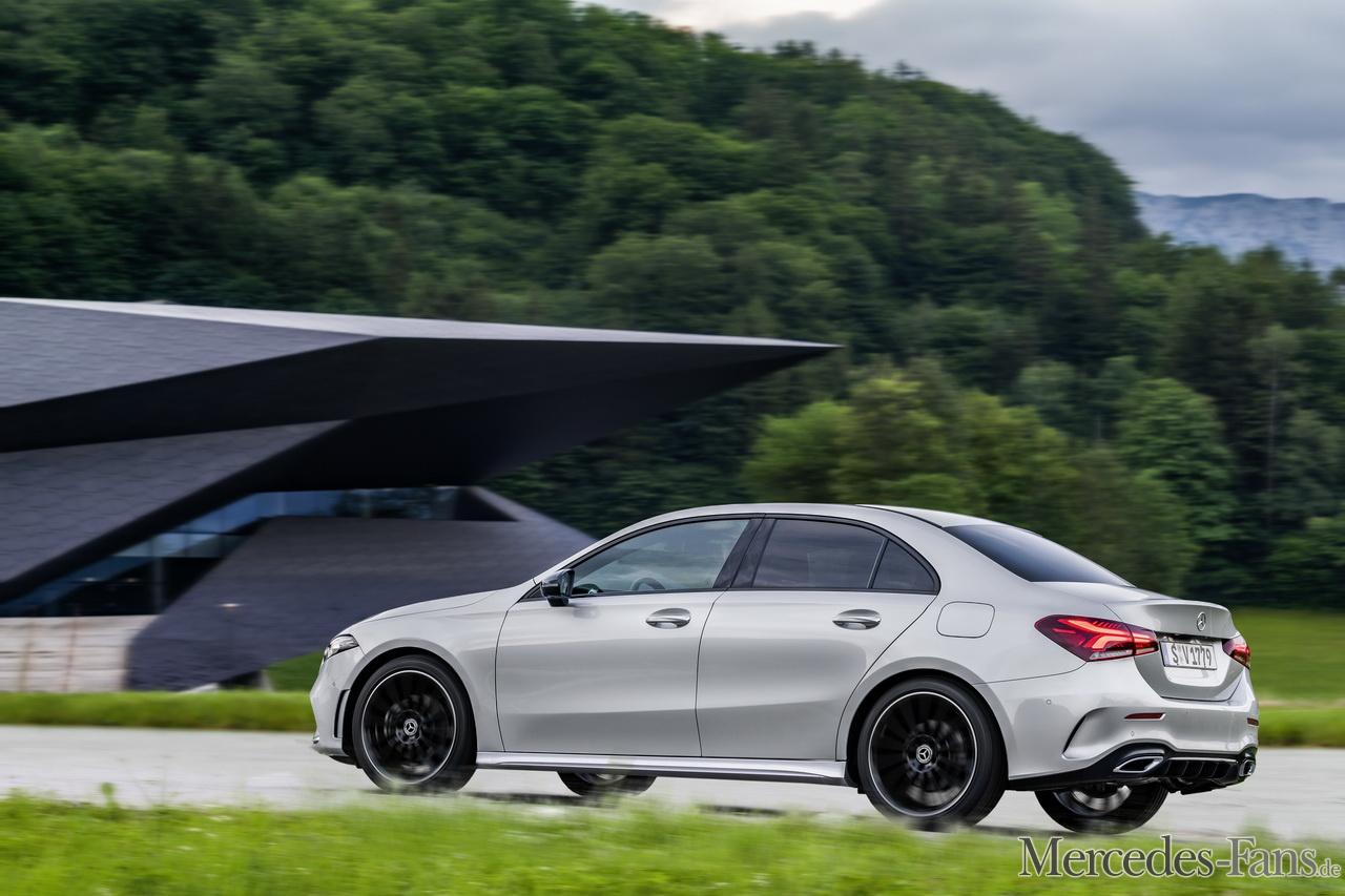 Die neue A-Klasse Limousine: Kompakte Premium-Limousine ...