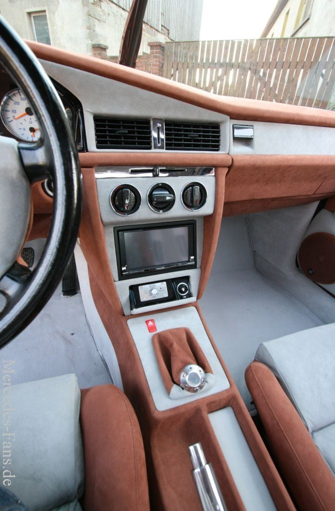 Au en uih innen hui mercedes w201 interieur 190er mit for Interieur mercedes 190