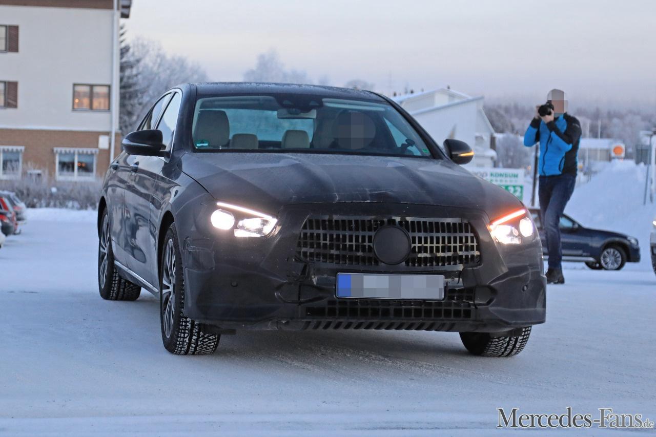 Mercedes Benz Erlk 246 Nig Erwischt Star Spy Shot Aktuelle