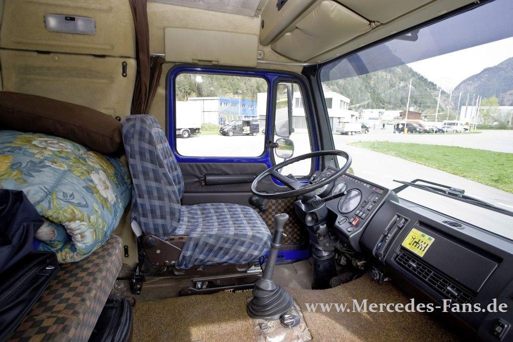 mercedes trucks schwere sterne 50 jahre mercedes lkw. Black Bedroom Furniture Sets. Home Design Ideas