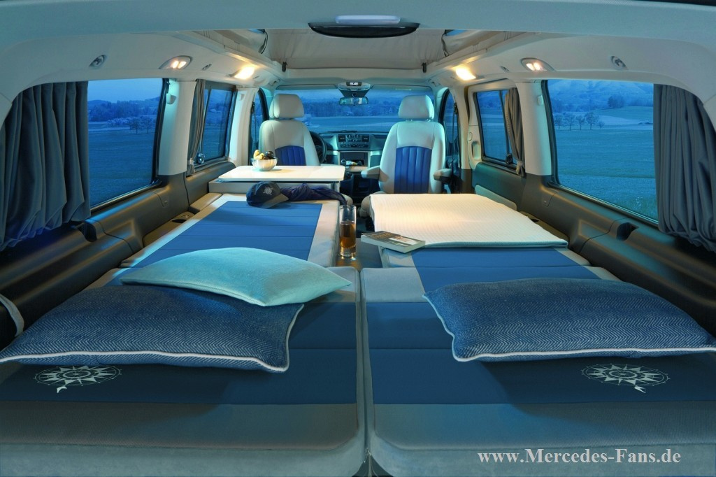 60 jahre camper westfalia pr sentiert jubil umsmodell. Black Bedroom Furniture Sets. Home Design Ideas