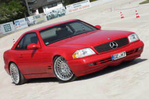 Old School forever: Mercedes SL500 (R129): 99er Roadster in rot und rüstig