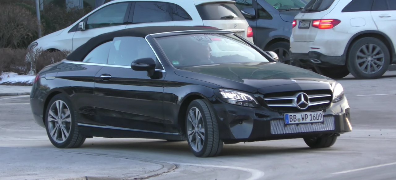 Mercedes Erlkönig erwischt: Spy Shot Video: Mercedes-Benz ...