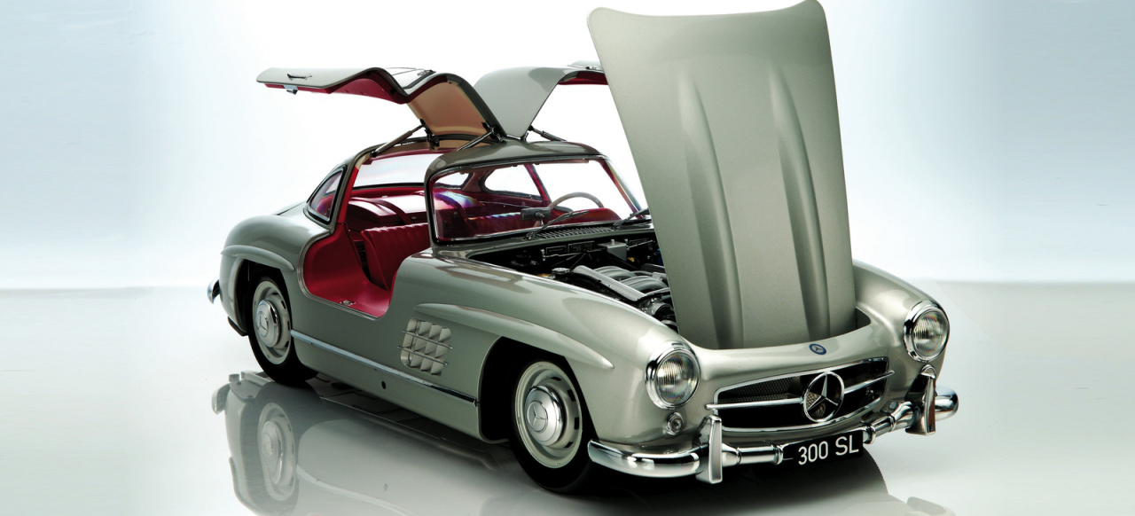 modellauto in 1 8 neuer mercedes benz 300 sl fl gelt rer. Black Bedroom Furniture Sets. Home Design Ideas