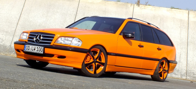 "The ""Lacky e"" S202 Orangefarbener Mercedes C180 bietet dem"