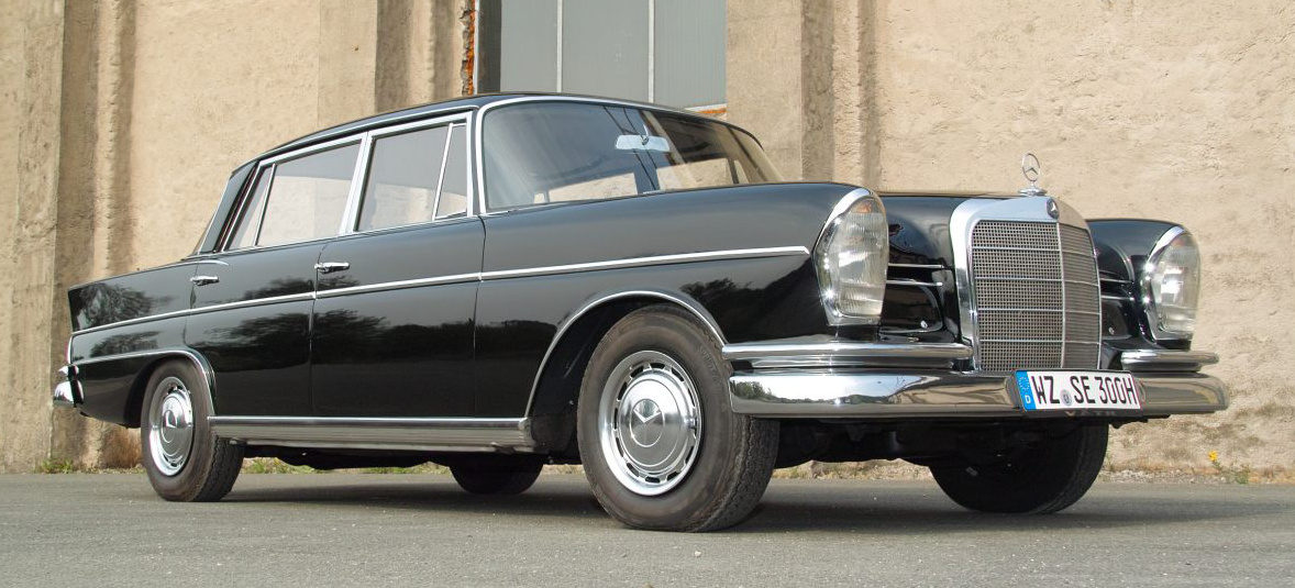 Die k nigsflosse mercedes 300 se einst kr nte der w112 for Mercedes benz independence blvd