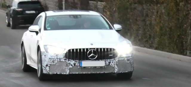 Mercedes-AMG Erlkönig erwischt: Spy-Shot-Video: AMG GT 4-Türer Coupé X290 MoPf