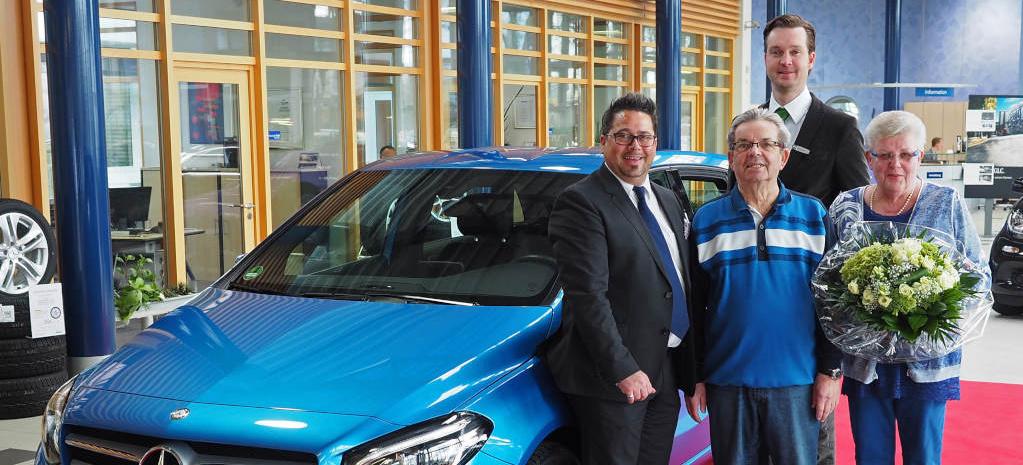 "2016 Mercedes Sprinter >> Mercedes-Benz ""Junge Sterne"": 750.000stes Fahrzeug an ..."