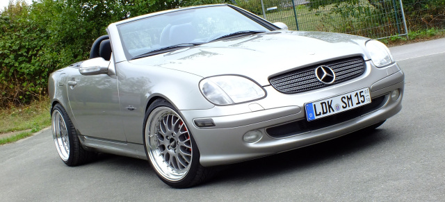 let the sunshine in am steuer eines 2002er mercedes slk. Black Bedroom Furniture Sets. Home Design Ideas