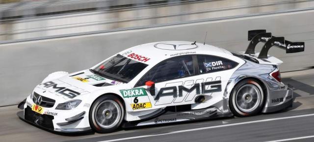 Dtm 2015 das mercedes team steht mercedes benz mit for Mercedes benz race car