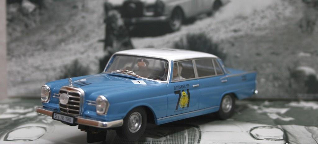 F r slot car mercedes fans revell mercedes benz 220 se for Rallye mercedes benz