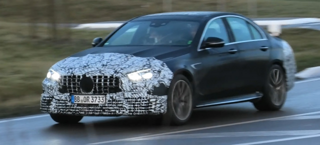 Mercedes-AMG Erlkönig erwischt: Spy-Shot-Video: Mercedes-AMG E63 W213 MoPf