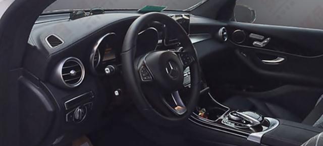 Mercedes-Benz GLC: 1. Foto vom Interieur: Der Blick durchs ...
