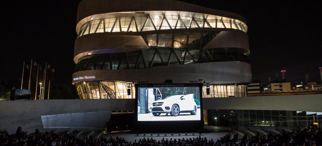 Mercedes Benz Kino