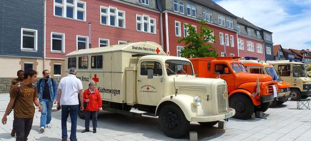 Historische Drk Fahrzeuge Alte Helden Das Rote Kreuz