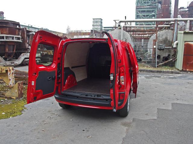 Fahrbericht: Roter Flitzer: Mercedes-Benz Citan 111 CDI Kastenwagen ...