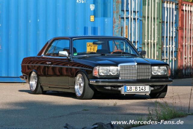 Elegantes Mercedes Youngtimer Coup 233 Eins Zwei Drei