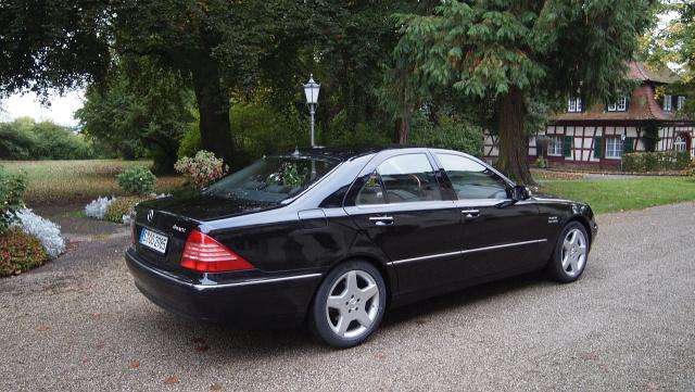 Deswegen Ruderte Mercedes Benz 1998 Mit Dem W220 Wieder In Stuck Zuruck Der War Etwas Dezenter Und Auch Deutlich Weniger Polarisierend Als Sein