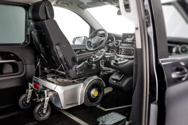 fahr und mobilit tshilfen bei mercedes benz vans. Black Bedroom Furniture Sets. Home Design Ideas