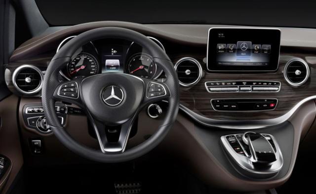 V day die neue v klasse von mercedes benz ist da for Mercedes benz complaints procedure