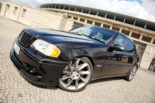 mercedes benz c 36 amg auf 55 amg umgebaut sch nling mit gro em herzen auto der woche. Black Bedroom Furniture Sets. Home Design Ideas
